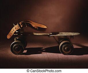 Antique Roller Skate - Picture of Antique Roller Skate