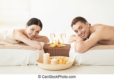 couple in spa - picture of couple in spa salon drinking ...