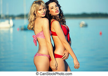 Picture of really pretty girls wearing swimsuits