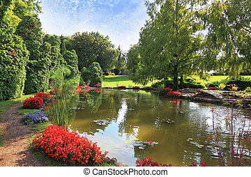 Charming park Sigurta in northern Italy - Picturesque bushes...