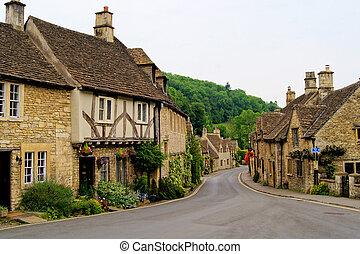 Picturesque Cotswolds, England - Quaint town of Castle Combe...