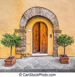 Picturesque door in Tuscany