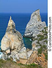 Picturesque rocks, similar to ice cream