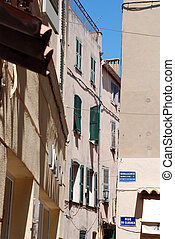 Saint Tropez - Picturesque views in the village of Saint...