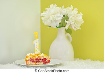 piece of cake for girl's birthday 1 year old