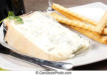 gorgonzola cheese - piece of Italian gorgonzola cheese and ...