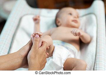 pied, réflexe, chèques, maman, enfant