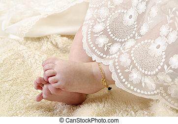 piedi bambino, cerimoniale, vestiti