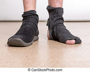 piedi, buco, maschio, calzino