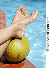 piedi, noce di cocco