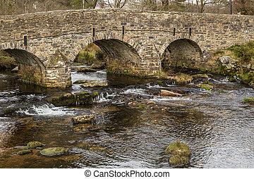 piedra, vista, nacional, encima, caballo, dardo, lado, parque, puente, este, dartmoor, inglaterra, paquete, río