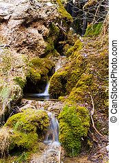 piedras, montañas, corriente, musgo