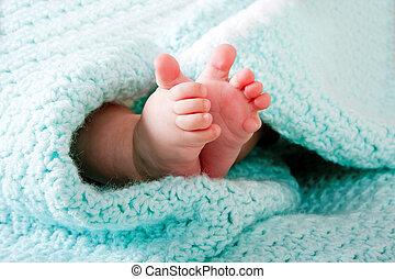 pieds bébé, couverture