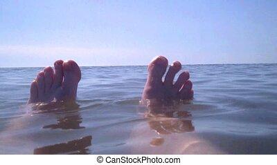 pieds, baigner