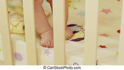 pieds, berceau bébé, garçon