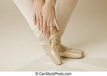 pieds, danseur ballet, -, or
