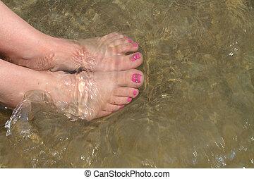 pieds, eau, femme, nu