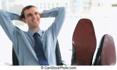 pieds, homme affaires, sien, heureux, bureau