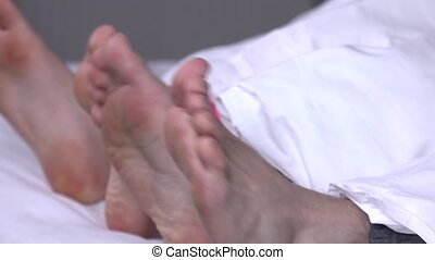 pieds, quatre, closeup, lit