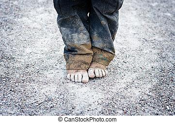 pieds, sale, enfant