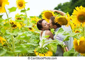 Pieno, Amore, coppia, campo, girasoli, divertimento, detenere, Felice