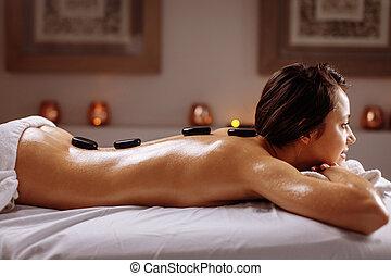 pierre, concept, beauté, obtenir, chaud, femme, traitement, spa, salon., masage