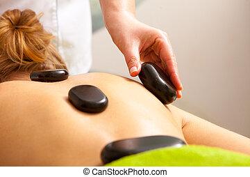pierre, femme, beauté, obtenir, chaud, thérapie, spa, salon., masage