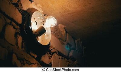 pierre, fermé, mur, haut, lumières, ampoule incandescente, ou