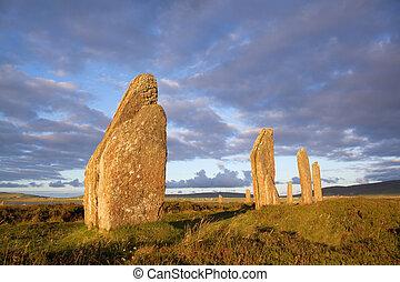 pierres, coucher soleil