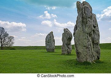 pierres debout, avebury, angleterre