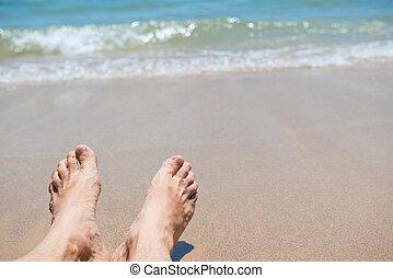 pies, arena de la playa, descubierto, humano