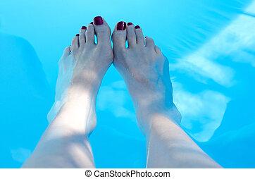pies, en, piscina
