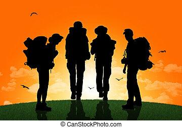 pieszy, grupa, backpackers, górny, zachód słońca, pagórek