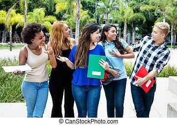 pieszy, grupa, studenci, uniwersytet, samica, samiec