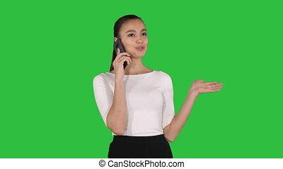 pieszy, kobieta handlowa, chroma, powołanie, telefon, zielony, key., ekran