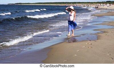 pieszy, kobieta, plaża, młody