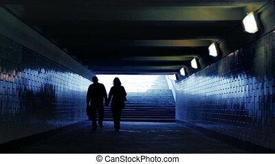 pieszy, kobieta, połączony, przejście, aparat fotograficzny, siła robocza, metro, człowiek
