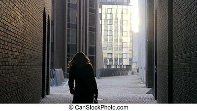 pieszy, kobieta, ulica, młody