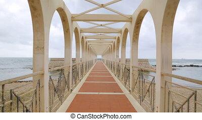 pieszy, most, na