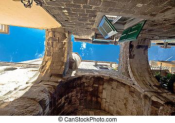 Citt vecchio spagnolo mediterraneo architettura - Finestra in spagnolo ...