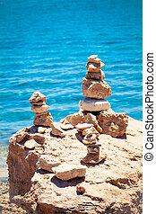 pietre, equilibrio, ciottoli, pila, sopra, blu, mare