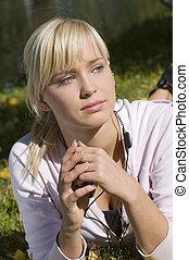 pige, earphone, lys