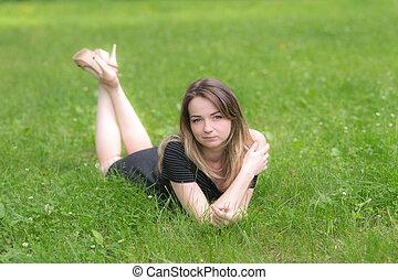pige, græs