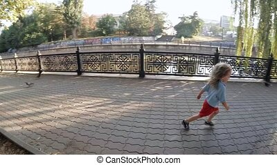pigeons., motion., powolny, popłoch, dzieci