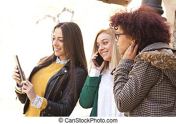 piger, gade, gruppe, tablet