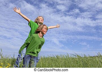 piggyback, crianças verão