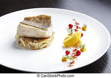 pike-perch, gekocht, fischfilet