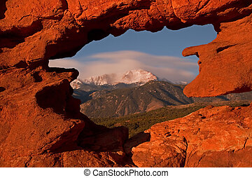 Pikes Peak from Garden of the Gods - Framng up a cloudy...