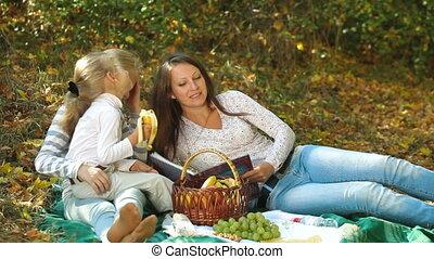 piknik, rodzina, szczęśliwy