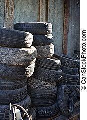 pila, di, automobile, pneumatici